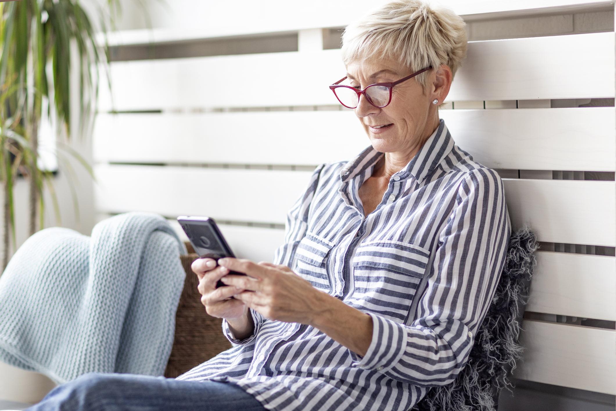 Cuáles son los hábitos digitales de los sénior o Zen Gen? - SENIOR50